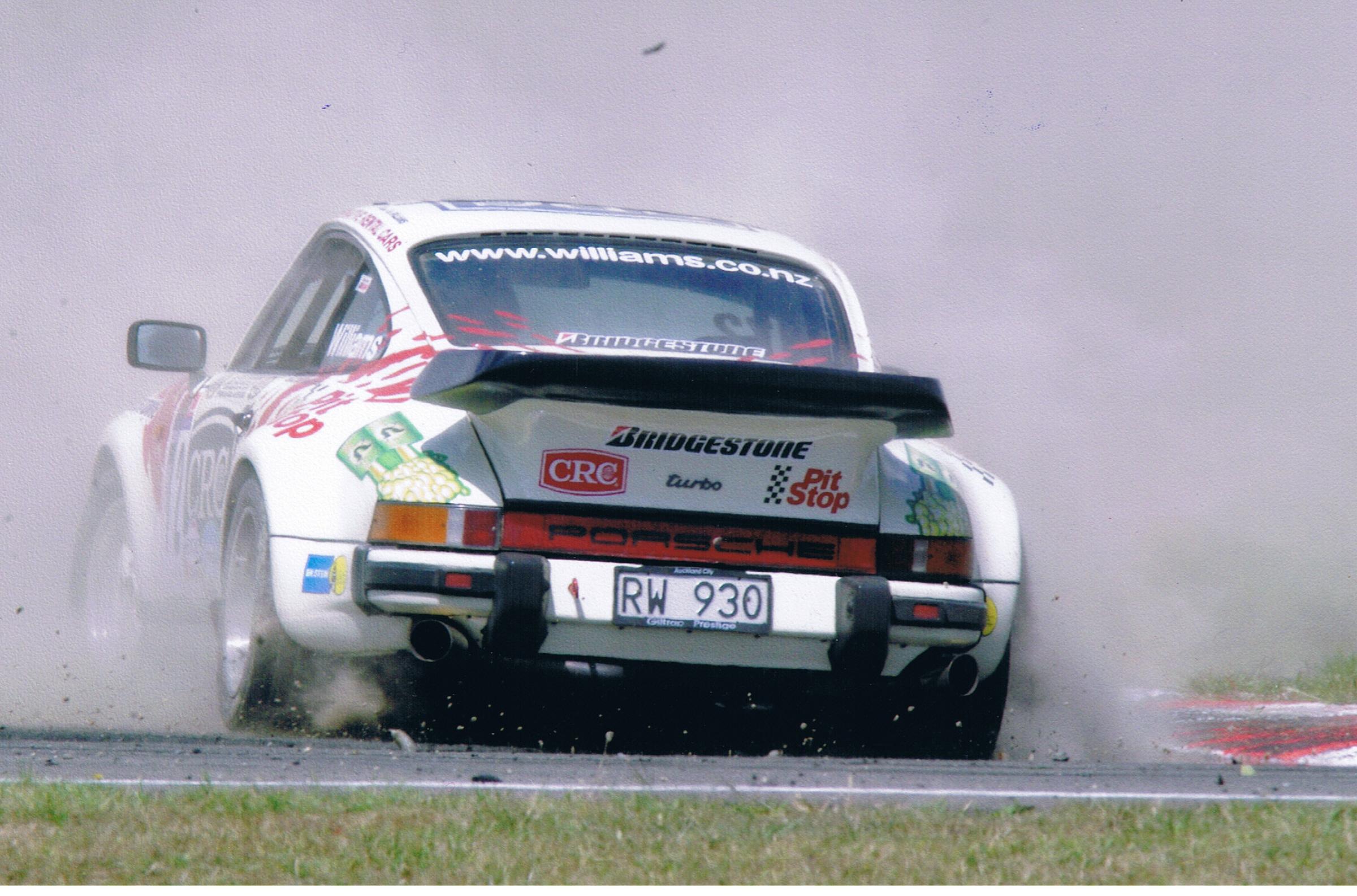 Porsche 930   Racing Ray Williams